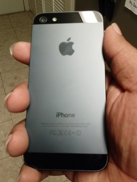 iPhone 5 32GB (Black) Verizon *Great Condition*-cam00009.jpg