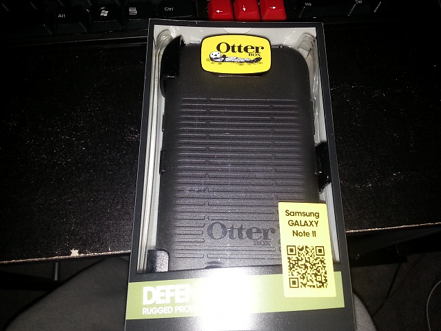 SanDisk 64 gig micro SDcard and Samsung Galaxy Note 2 Otterbox Defender black-20130420_094426.jpg
