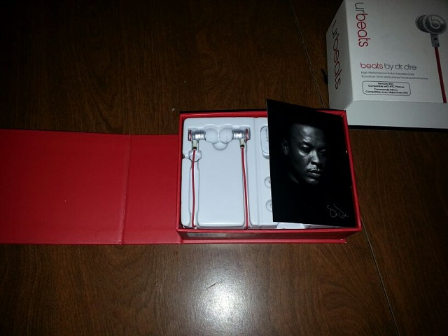 HTC Compatible Beats By dre Earbuds.-uploadfromtaptalk1366914029153.jpg
