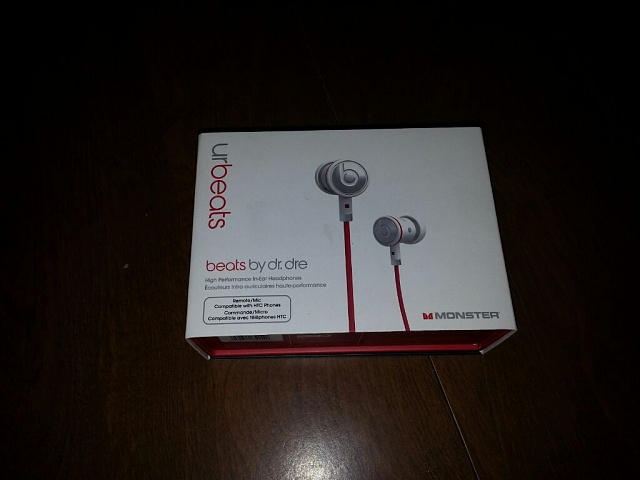 HTC Compatible Beats By dre Earbuds.-uploadfromtaptalk1366914042179.jpg