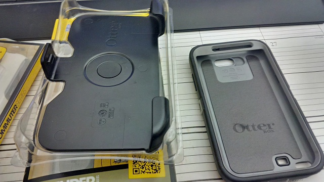 2 OtterBox Series Cases for Note 2-img_00000029_hdr.jpg