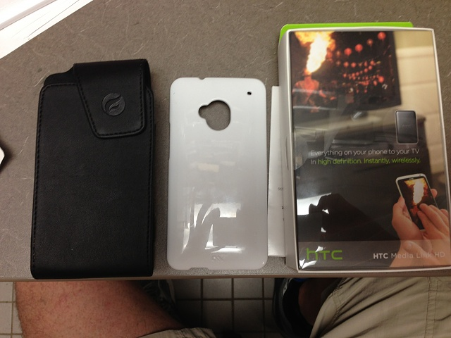 WTS: Unlocked AT&T HTC One 64 gb, HD Media Link and accessories-img_0270.jpg