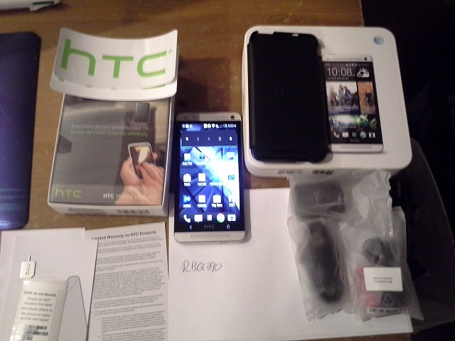 WTS HTC One 64GB Silver with media link and double dip flip case-20130531_002046-1-.jpg