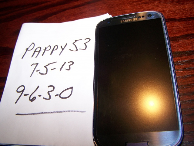 Flawless T-Mobile Galaxy S3 for unlocked iPhone 4S-100_1136.jpg
