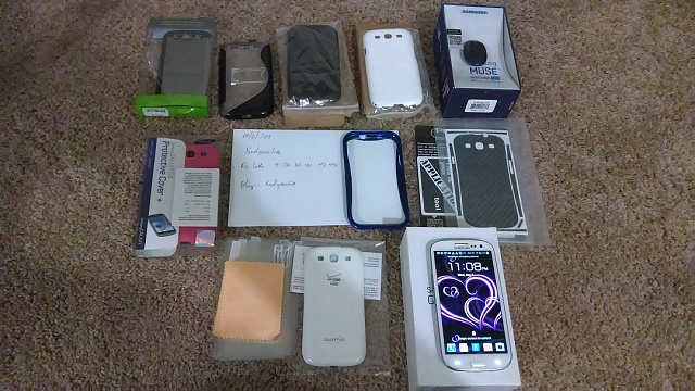 For Sale : 5 Shipped : WHITE VERIZON SAMSUNG GALAXY S3 16 GB WITH A LOT OF EXTRAS!!!-s3.jpg