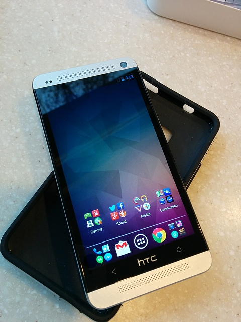 AT&T HTC One 32GB - Silver - Converted Google Edition - 5-front.jpg