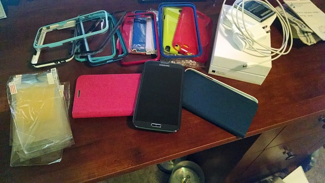 MINT Verizon Galaxy Note 2 With TONS Of Extras-img_20131223_145043112.jpg