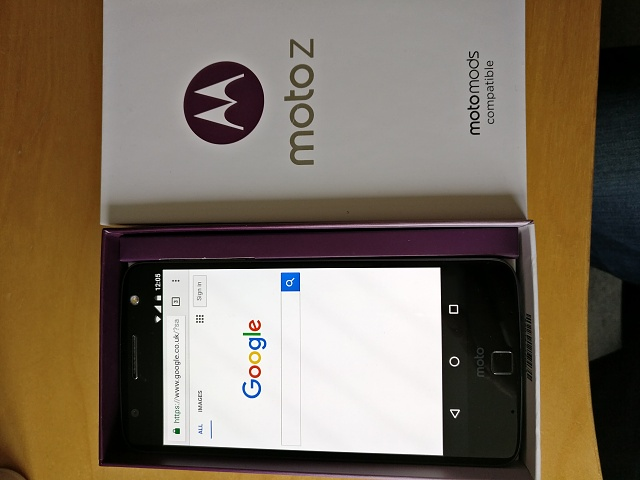 UK Moto Z 32GB boxed as new-img_20161028_120459.jpg