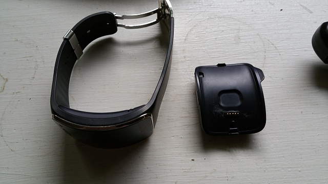AT&T Gear S in Very Good condition.-20170330_175402.jpg