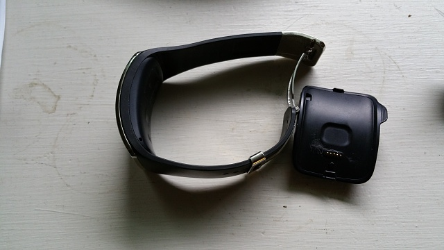 AT&T Gear S in Very Good condition.-20170330_175415.jpg