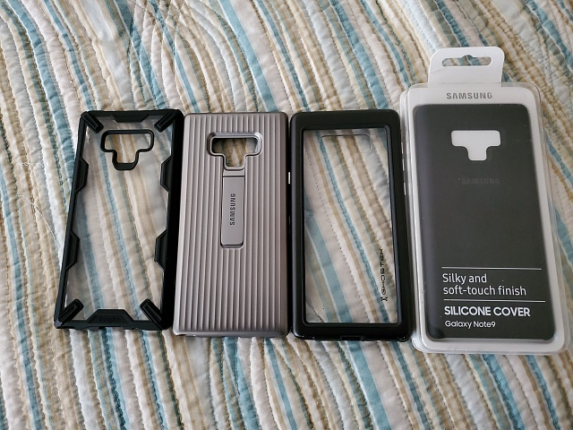 WTS: Note 9 cases and optional stock earbuds-20190830_123002.jpg