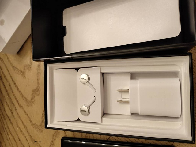 White Factory Unlocked 256GB Note 10 with Silicon Case-img_20200110_202445.jpg