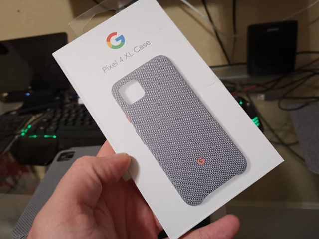 Google Pixel 4XL - Black w/ White Skin 128 Gb + Extras-img_20200113_183618.jpeg