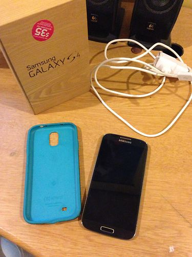 Samsung Galaxy S4 (AT&T) 16GB Black Mist w/ 32GB sd card and more-s4-1.jpg