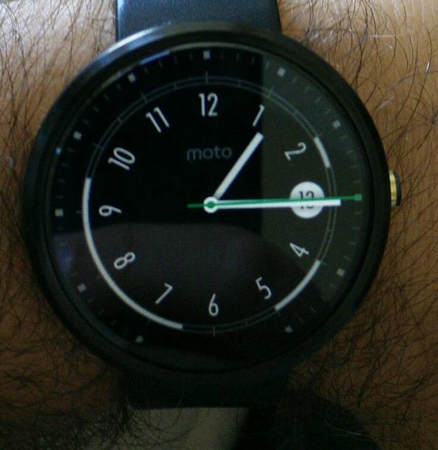 Customize Moto 360 watch faces