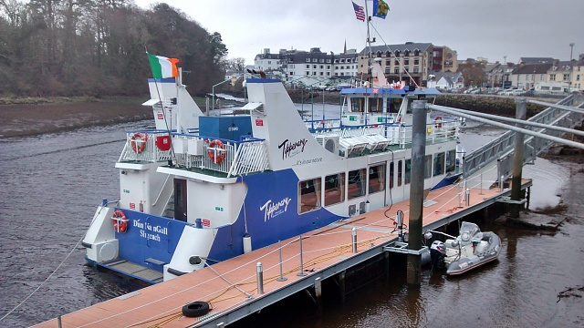 Galaxy S4 to Moto G?-donegal-boat.jpg