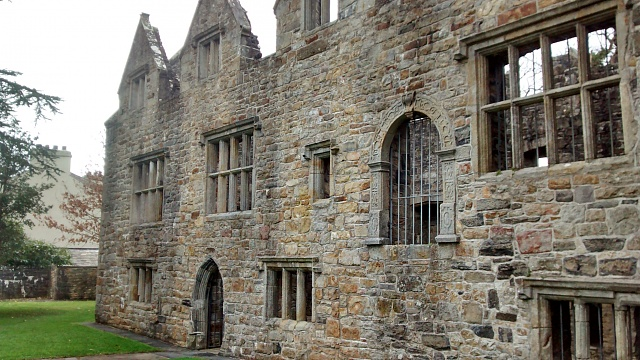 Galaxy S4 to Moto G?-donegal-castle.jpg