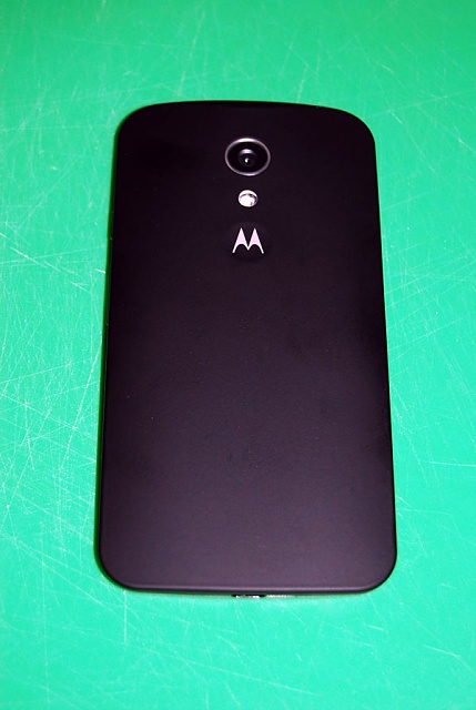 Just purchased Moto G 2014 fom motorola...New Iphone costs 1K?-back.jpg