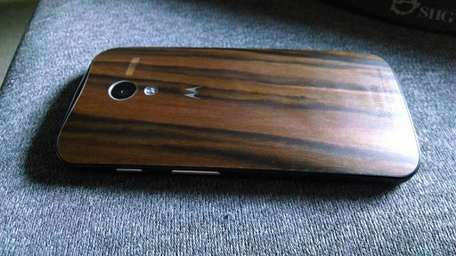 Moto X: How Slippery are the Wood Backs?-uploadfromtaptalk1390759166343.jpg