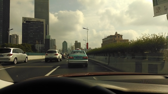 Post pictures taken with the Moto X (1st gen) here-shanghai-highway-10am-orig.jpg