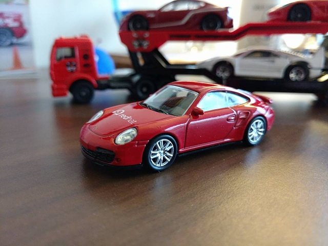 Post pictures taken with your Moto X Pure Edition here!-redhatporsche.jpg
