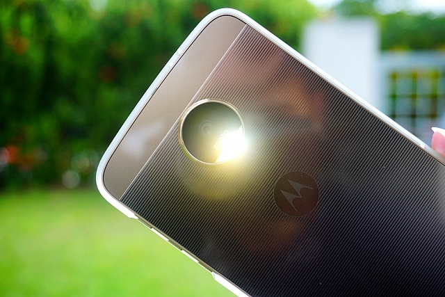 Why I decided to purchase the Moto Z-dsc03860_fotor.jpg