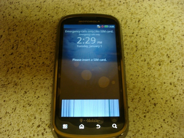What's wrong with the bottom of my touchscreen?-t2ec16jhjhie9nysd571bq40hjuiqw-60_57.jpg