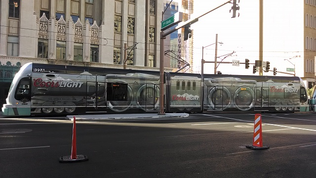 so whose camera is better after update?-light-rail.jpg
