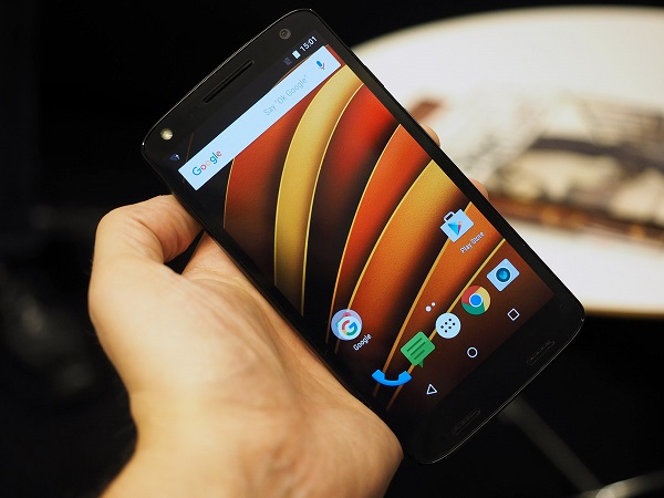 Let's discuss the Verizon logo on the front of the DROID TURBO 2-fullbleed.jpg