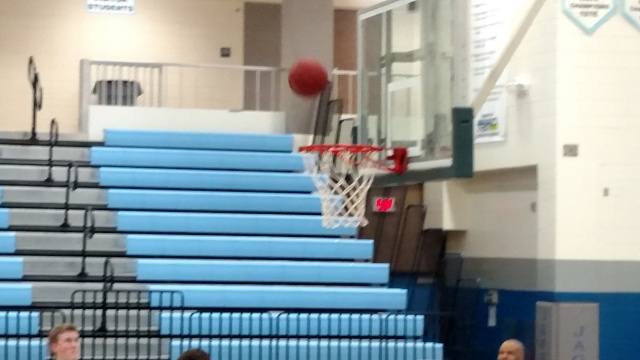 Photos of Action/Movement....Blurry?-img_20150213_freethrow1.jpg