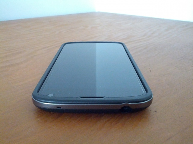 Are you using a case on your nexus 4?-img_20130128_105221.jpg