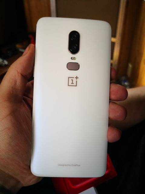 Who else got there OnePlus 6?-2662.jpg