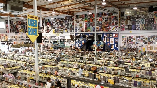 A few Pictures of Amoeba Records :)-1397371864478.jpg