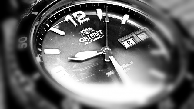 Weekly Photo Contest: Focus and Blur-watchblur.jpg