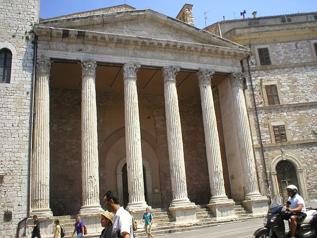 Android Central Photo Contest: Pillars-70-church-main-piazza-assisi-built-roman-temple.jpg