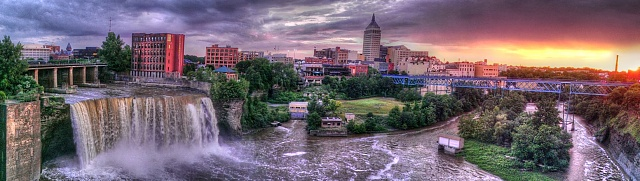Weekly Photo Contest: Panorama-high-falls-rochester.jpg
