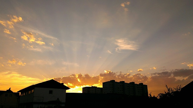 Weekly Photo Contest: Sunset-imag0791_burst009.jpg