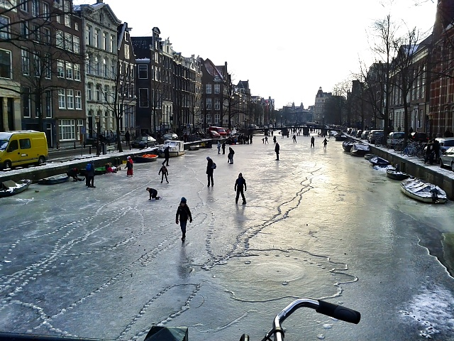 Weekly Photo Contest: Transportation-amsterdam_frozen_canals2.jpg