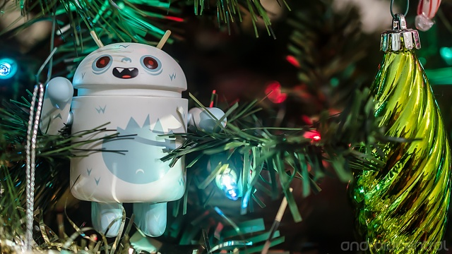 Holiday Photo Contest: Android mini collectible giveaway!-holiday-contest-3.jpg