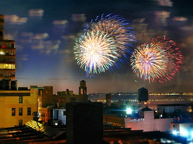 Show off your Fourth of July fireworks pictures here!-01-nyc-july4-.jpg