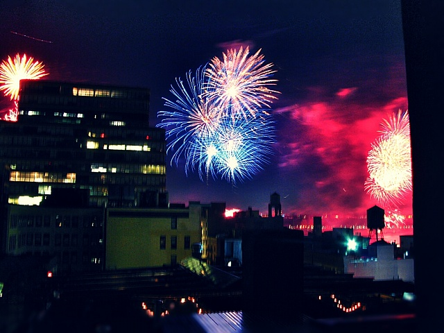 Show off your Fourth of July fireworks pictures here!-02-nyc-july5.jpg