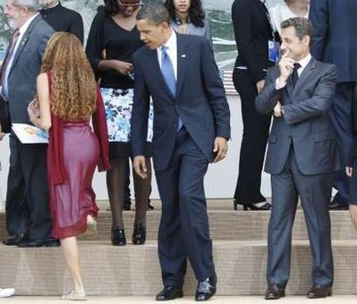 Je suis Charlie-obama-checking-out-girl-g8.jpg