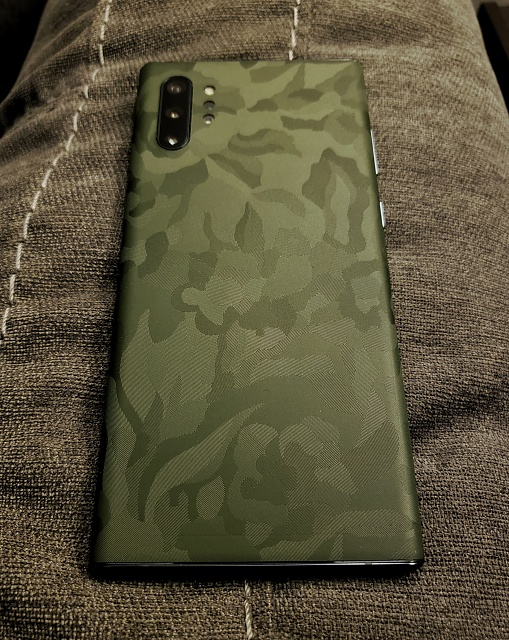 Let's see your DBrand skins-20190830_223328-01.jpg