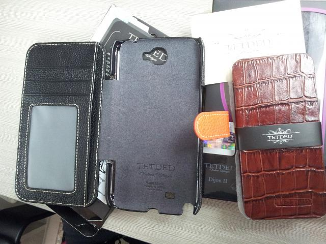 Whos going with Flip/Wallet style case?-20121030_104633.jpg