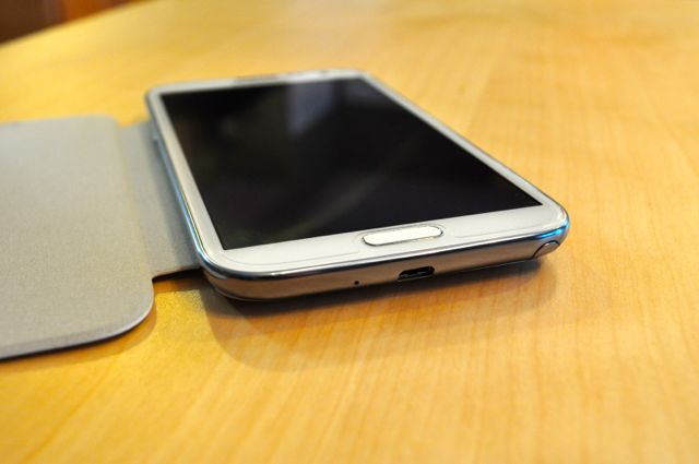Quick Look:  Spigen Ultra Crystal Screen Shield & White Samsung Flip Cover-dsc_0007.jpg