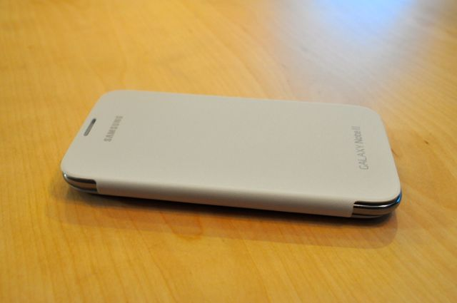 Quick Look:  Spigen Ultra Crystal Screen Shield & White Samsung Flip Cover-dsc_0004.jpg