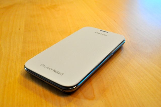 Quick Look:  Spigen Ultra Crystal Screen Shield & White Samsung Flip Cover-dsc_0002.jpg