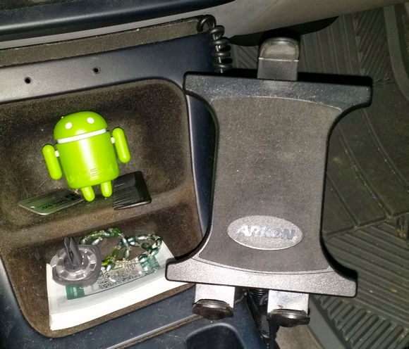 Best car mount. Want everyone's input-20140407_080305.jpg