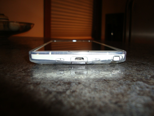 Clear Verizon Note 4 Case that doesn't scratch and fits mic holes. This one not bad!-dsc01932.jpg