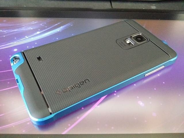 spigen hybrid with real aluminum-20141113_140222.jpg